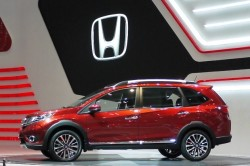 2016 Honda BR V 2 250x166 2016 Honda BR V review