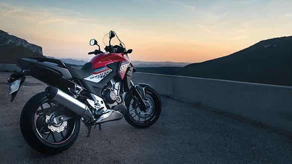 2016 Honda CB500X ext 5 2016 Honda CB500X Review