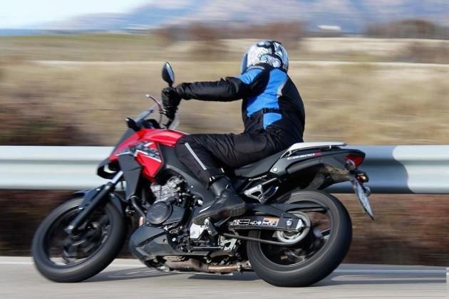 2016 Honda CB500X ext3 630x420 2016 Honda CB500X Review