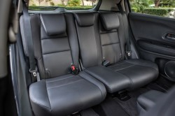 2016 Honda HR V interior 2 250x166 2016 Honda HR V price and specifications