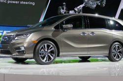 2017 Honda Odyssey 34 1 250x166 2017 Honda Odyssey Release Date