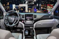 2017 Honda Pilot interior 1 250x166 2017 Honda Pilot
