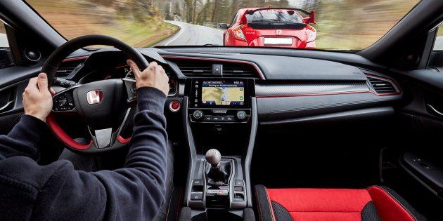2018 Honda Civic Type R Interior 32 630x315 Release Date