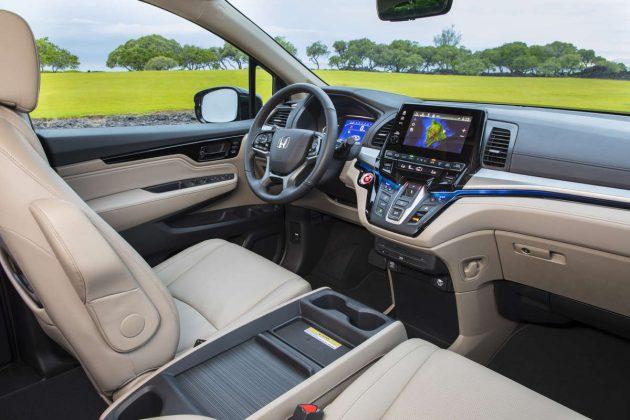2018 Honda Odyssey interiro 3 630x420 2018 Honda Odyssey Release Date and Changes