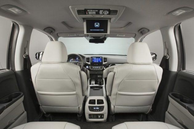 2019 Honda Pilot interior 630x420 2019 Honda Pilot Changes