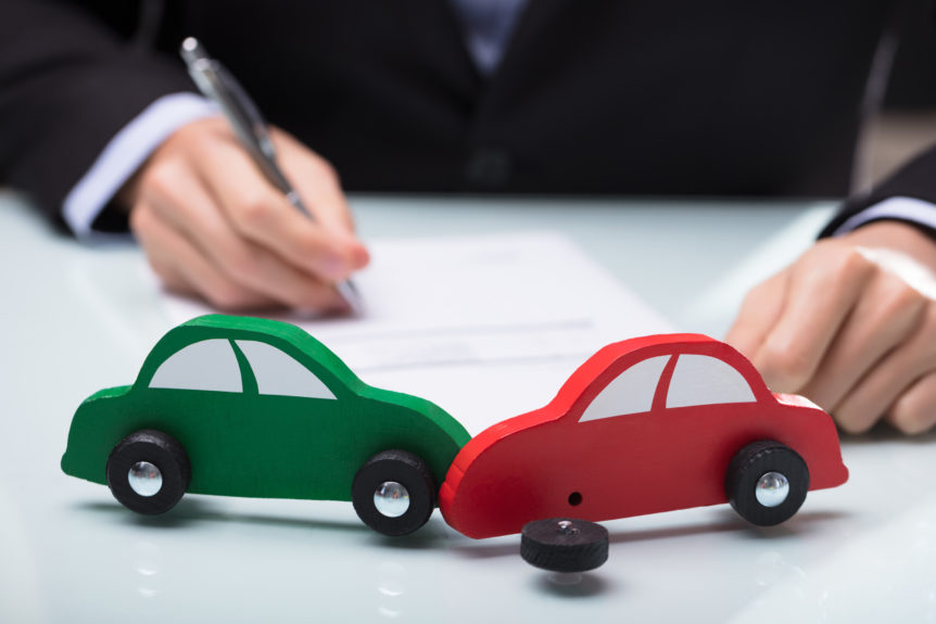 What to Avoid When Hiring a Car Accident Lawyer